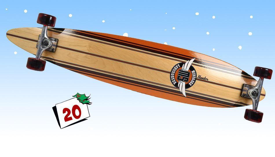 Cruise ned langs gata med ditt nye Mindless Hunter longboard, fra Skatepro.