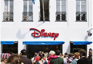 Disney Store holder fødselsdag